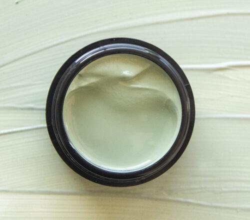 BRAND LAB NEWS: Las colecciones de maquillaje con infusión de CBD se suman a la tendencia wellness de la belleza